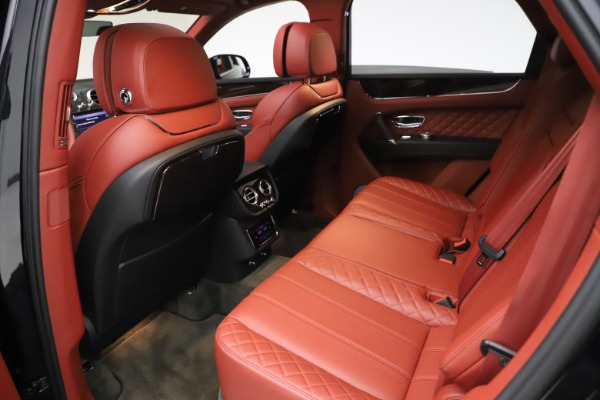 Used 2017 Bentley Bentayga W12 for sale $145,900 at Maserati of Westport in Westport CT 06880 22