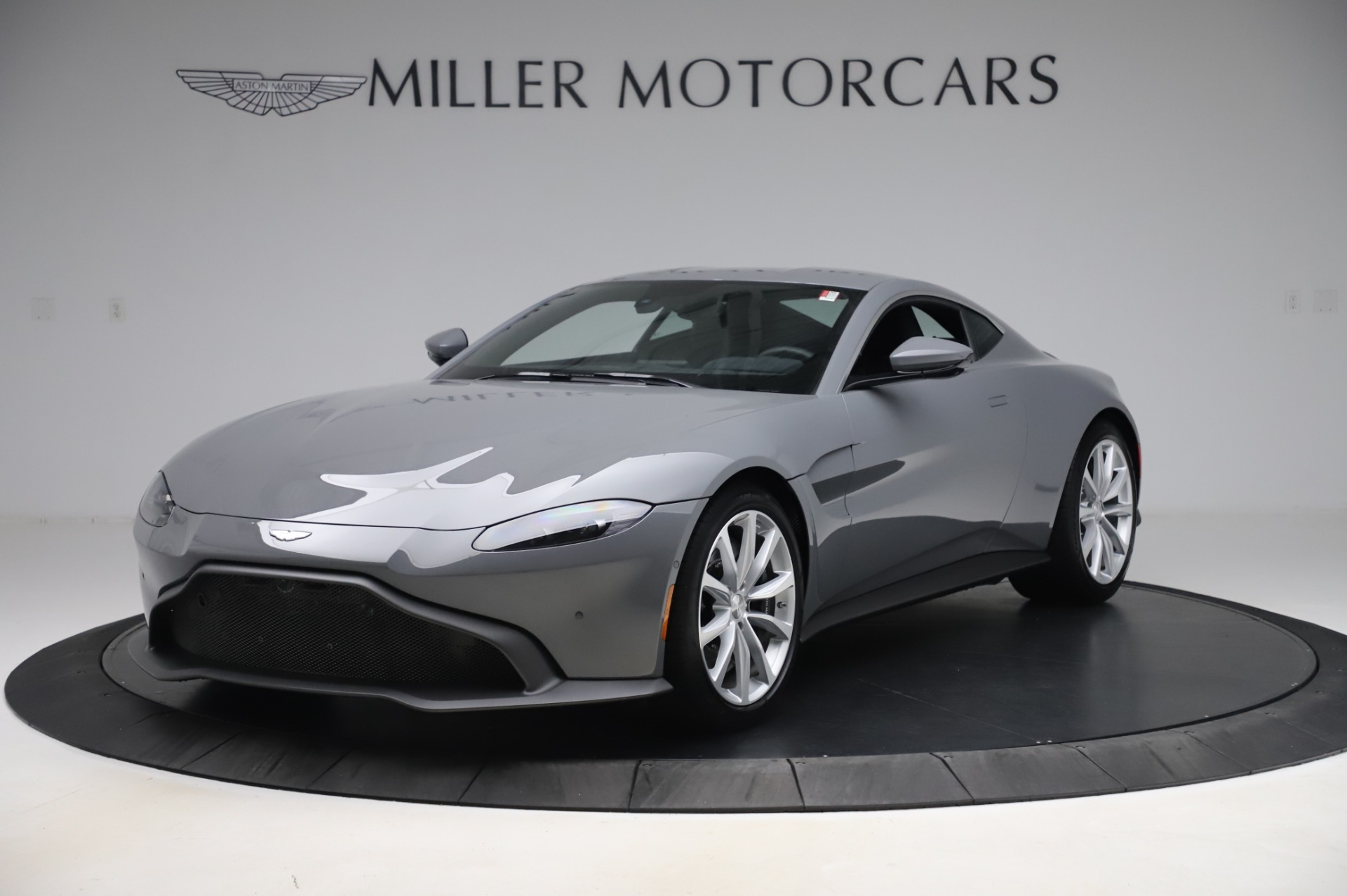 New 2020 Aston Martin Vantage Coupe for sale $165,381 at Maserati of Westport in Westport CT 06880 1