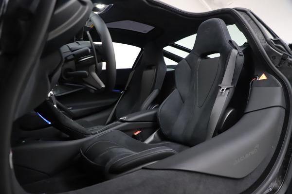 New 2020 McLaren 720S Performance for sale $349,050 at Maserati of Westport in Westport CT 06880 22