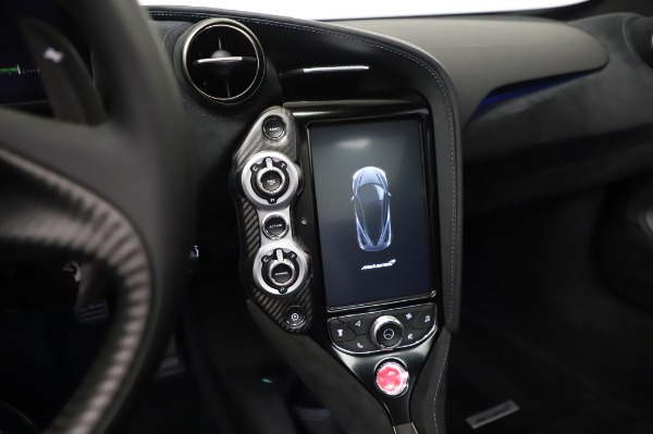 New 2020 McLaren 720S Coupe for sale $349,050 at Maserati of Westport in Westport CT 06880 25