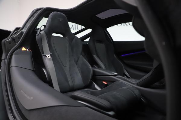 New 2020 McLaren 720S Coupe for sale $347,550 at Maserati of Westport in Westport CT 06880 18