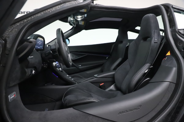 New 2020 McLaren 720S Coupe for sale $347,550 at Maserati of Westport in Westport CT 06880 19