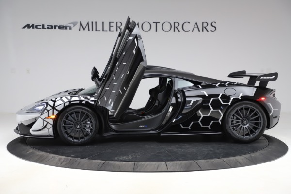 New 2020 McLaren 620R Coupe for sale $338,495 at Maserati of Westport in Westport CT 06880 11