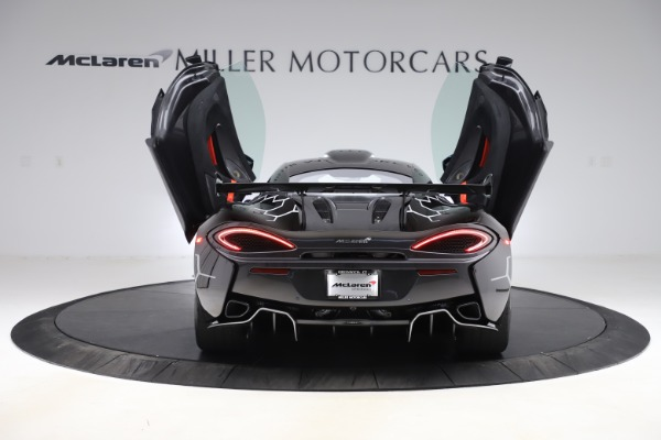 New 2020 McLaren 620R Coupe for sale $338,495 at Maserati of Westport in Westport CT 06880 13