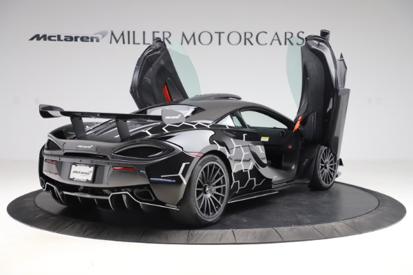 New 2020 McLaren 620R Coupe for sale $338,495 at Maserati of Westport in Westport CT 06880 14