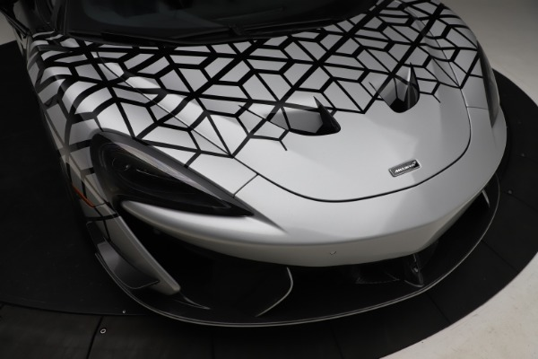 New 2020 McLaren 620R Coupe for sale $338,495 at Maserati of Westport in Westport CT 06880 17