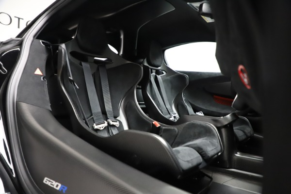 New 2020 McLaren 620R Coupe for sale $338,495 at Maserati of Westport in Westport CT 06880 27