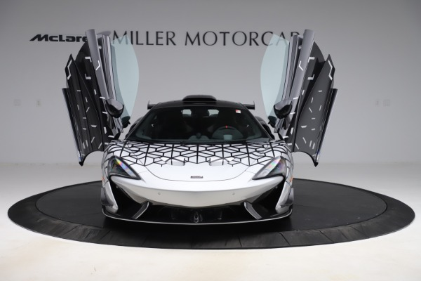 New 2020 McLaren 620R Coupe for sale $338,495 at Maserati of Westport in Westport CT 06880 9
