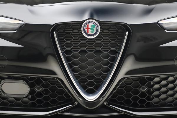 New 2020 Alfa Romeo Giulia Sport Q4 for sale $47,095 at Maserati of Westport in Westport CT 06880 13