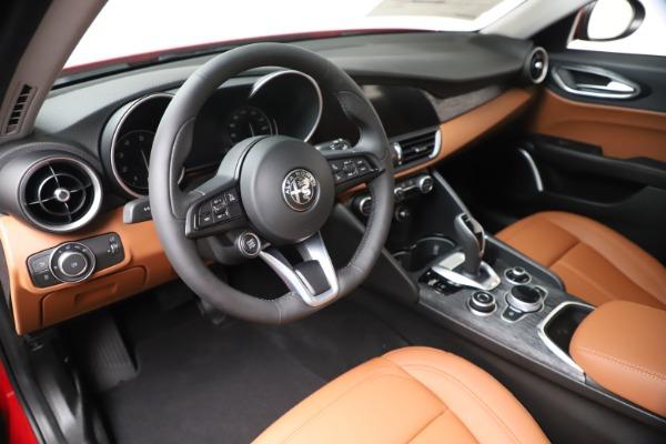 New 2020 Alfa Romeo Giulia Q4 for sale $46,395 at Maserati of Westport in Westport CT 06880 13