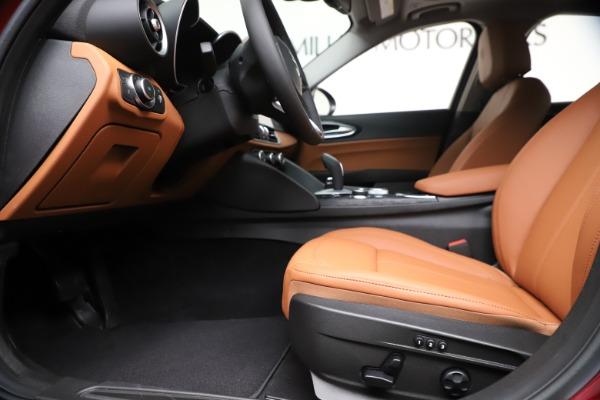 New 2020 Alfa Romeo Giulia Q4 for sale $46,395 at Maserati of Westport in Westport CT 06880 14