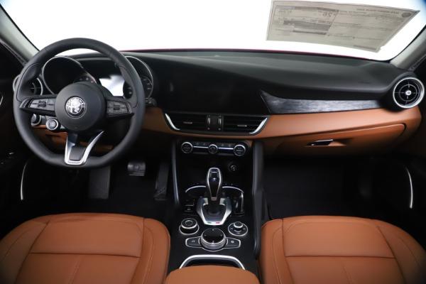 New 2020 Alfa Romeo Giulia Q4 for sale $46,395 at Maserati of Westport in Westport CT 06880 16