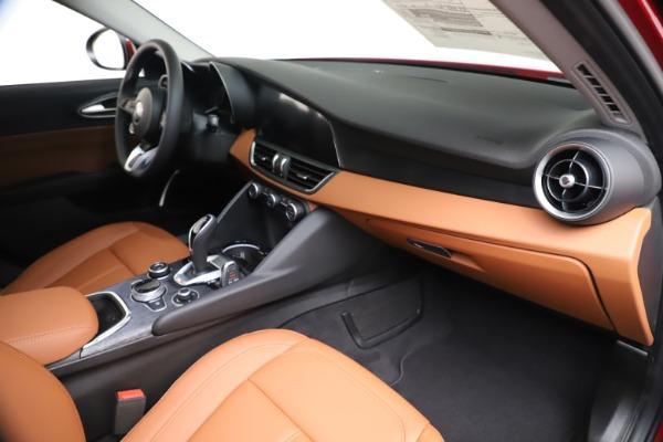 New 2020 Alfa Romeo Giulia Q4 for sale $46,395 at Maserati of Westport in Westport CT 06880 22