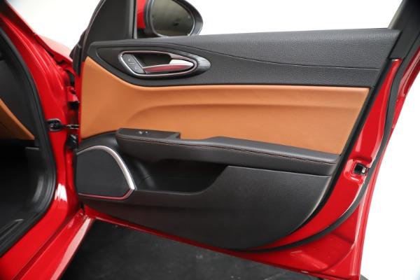 New 2020 Alfa Romeo Giulia Q4 for sale $46,395 at Maserati of Westport in Westport CT 06880 25
