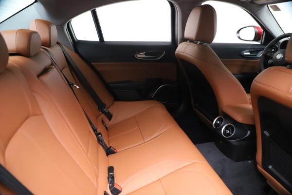 New 2020 Alfa Romeo Giulia Q4 for sale $46,395 at Maserati of Westport in Westport CT 06880 27