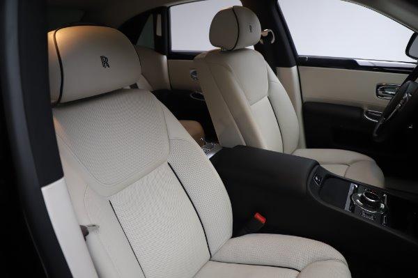 Used 2015 Rolls-Royce Ghost for sale $156,900 at Maserati of Westport in Westport CT 06880 13