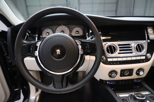 Used 2015 Rolls-Royce Ghost for sale $156,900 at Maserati of Westport in Westport CT 06880 18
