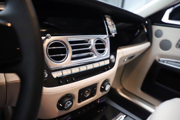 Used 2015 Rolls-Royce Ghost for sale $156,900 at Maserati of Westport in Westport CT 06880 22