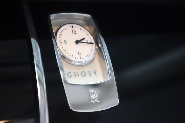 Used 2015 Rolls-Royce Ghost for sale $156,900 at Maserati of Westport in Westport CT 06880 24