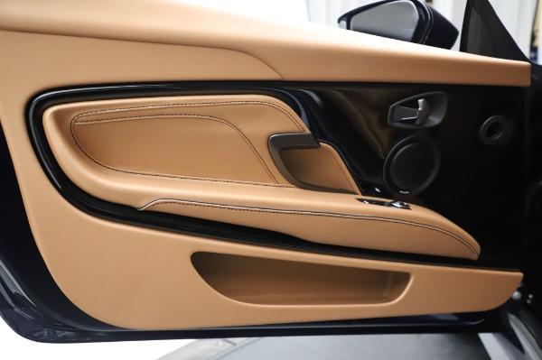 New 2020 Aston Martin DBS Superleggera Coupe for sale $338,286 at Maserati of Westport in Westport CT 06880 17