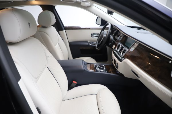 Used 2016 Rolls-Royce Ghost for sale $173,900 at Maserati of Westport in Westport CT 06880 13