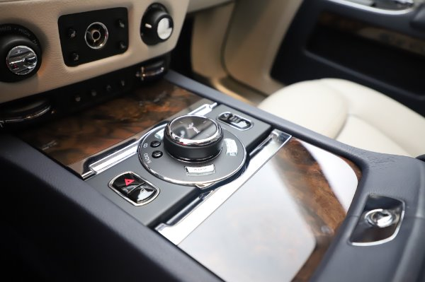 Used 2016 Rolls-Royce Ghost for sale $173,900 at Maserati of Westport in Westport CT 06880 20