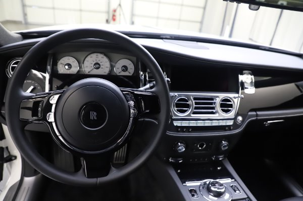 Used 2018 Rolls-Royce Ghost for sale $247,900 at Maserati of Westport in Westport CT 06880 15