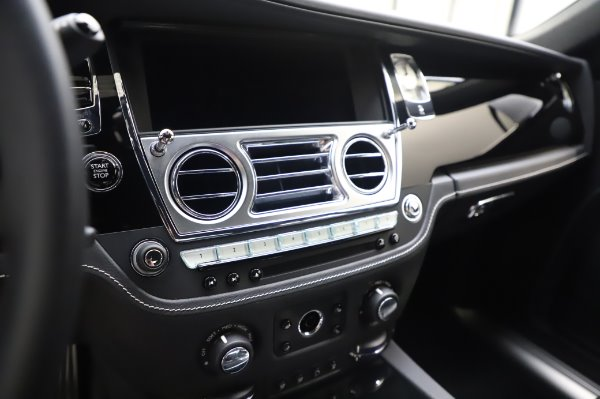 Used 2018 Rolls-Royce Ghost for sale Sold at Maserati of Westport in Westport CT 06880 17