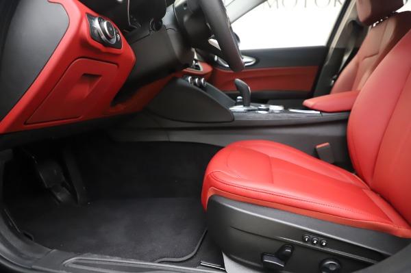 New 2020 Alfa Romeo Giulia Q4 for sale $48,445 at Maserati of Westport in Westport CT 06880 14