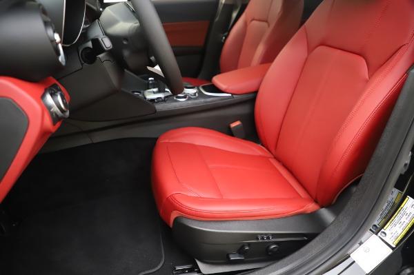 New 2020 Alfa Romeo Giulia Q4 for sale $48,445 at Maserati of Westport in Westport CT 06880 15