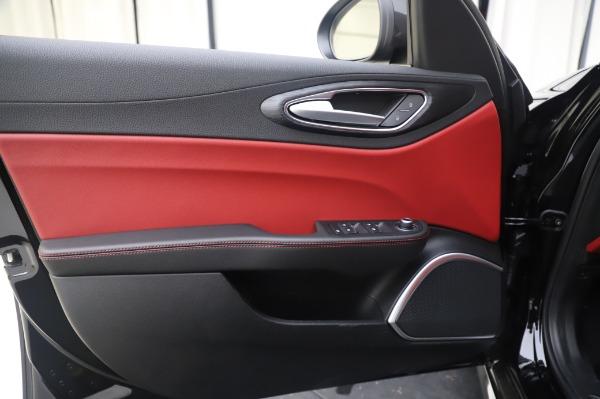 New 2020 Alfa Romeo Giulia Q4 for sale $48,445 at Maserati of Westport in Westport CT 06880 17