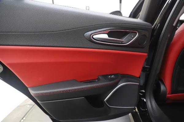 New 2020 Alfa Romeo Giulia Q4 for sale $48,445 at Maserati of Westport in Westport CT 06880 21