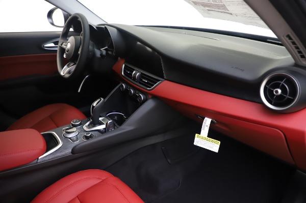 New 2020 Alfa Romeo Giulia Q4 for sale $48,445 at Maserati of Westport in Westport CT 06880 22