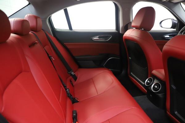 New 2020 Alfa Romeo Giulia Q4 for sale $48,445 at Maserati of Westport in Westport CT 06880 27