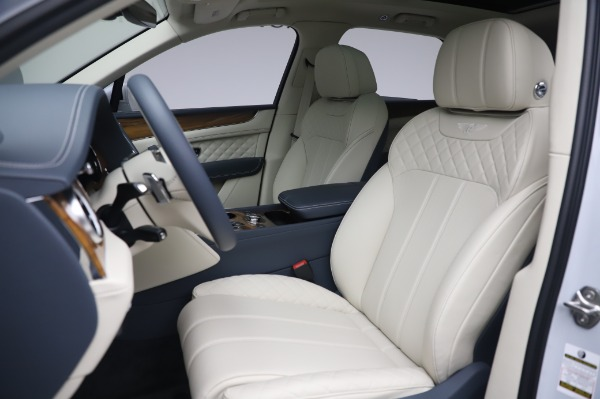 New 2020 Bentley Bentayga Hybrid for sale $220,475 at Maserati of Westport in Westport CT 06880 20