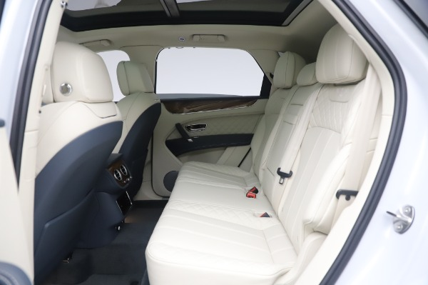 New 2020 Bentley Bentayga Hybrid for sale $220,475 at Maserati of Westport in Westport CT 06880 23