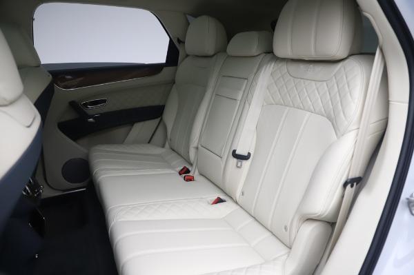 New 2020 Bentley Bentayga Hybrid for sale $220,475 at Maserati of Westport in Westport CT 06880 24