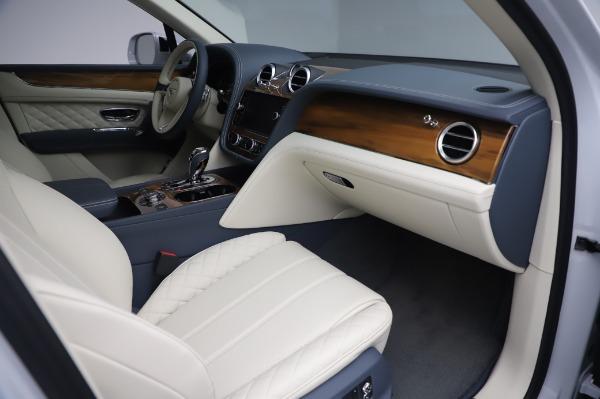 Used 2020 Bentley Bentayga Hybrid for sale $185,900 at Maserati of Westport in Westport CT 06880 26