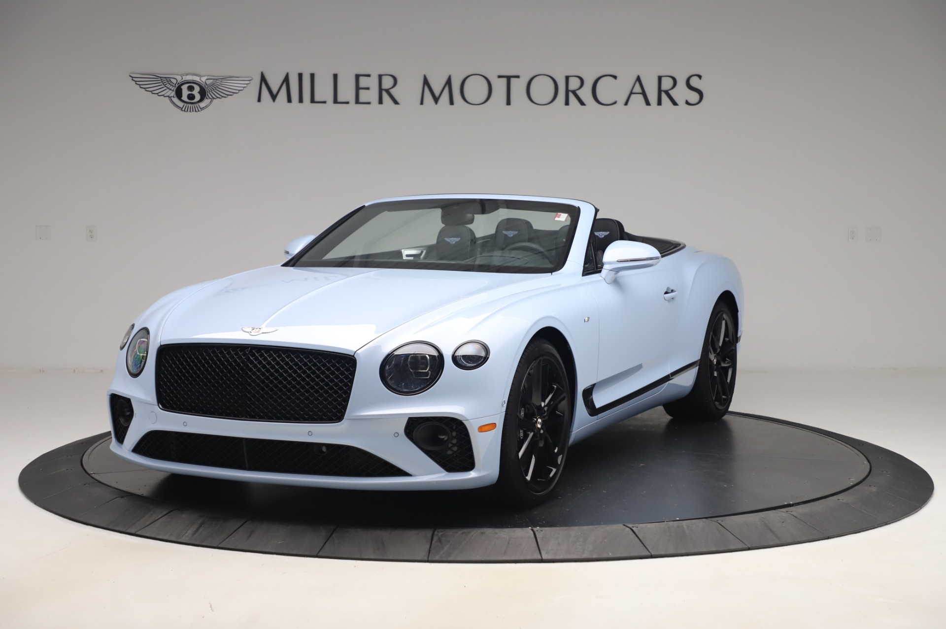 New 2020 Bentley Continental GTC V8 for sale $280,475 at Maserati of Westport in Westport CT 06880 1