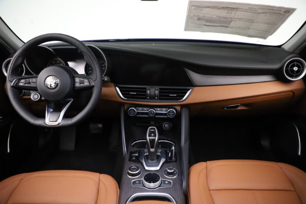 New 2020 Alfa Romeo Giulia Ti Q4 for sale $51,145 at Maserati of Westport in Westport CT 06880 16