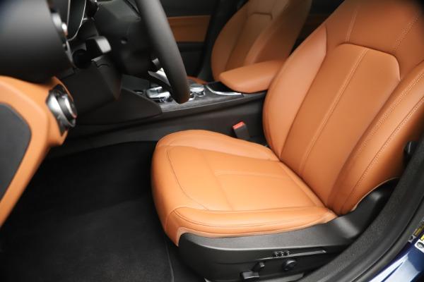 New 2020 Alfa Romeo Giulia Q4 for sale $45,445 at Maserati of Westport in Westport CT 06880 15