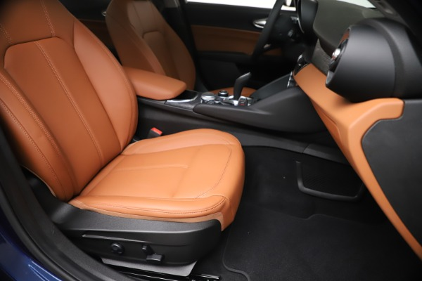 New 2020 Alfa Romeo Giulia Q4 for sale $45,445 at Maserati of Westport in Westport CT 06880 25