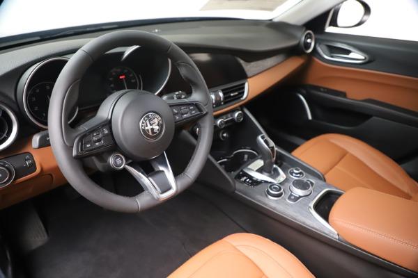 New 2020 Alfa Romeo Giulia Q4 for sale $45,445 at Maserati of Westport in Westport CT 06880 13