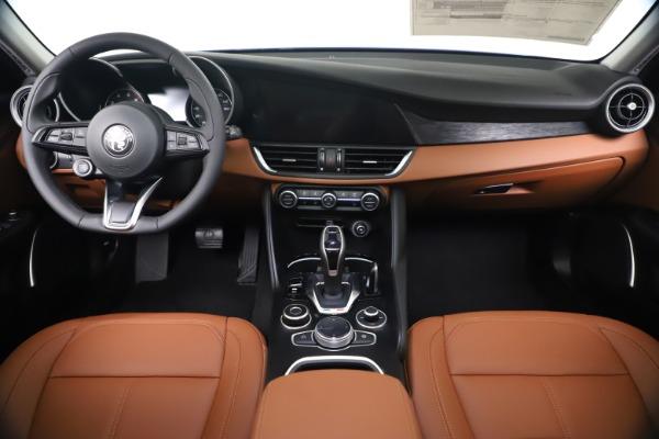 New 2020 Alfa Romeo Giulia Q4 for sale $45,445 at Maserati of Westport in Westport CT 06880 16
