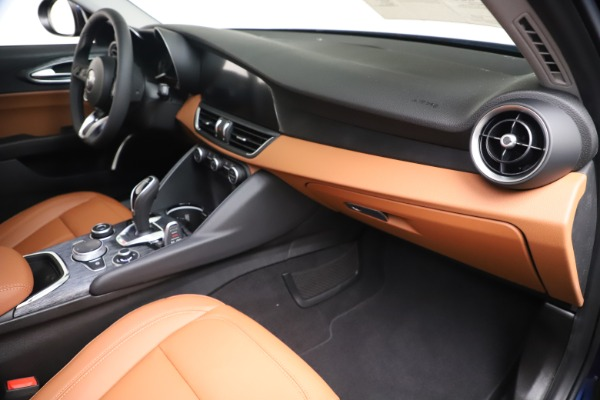 New 2020 Alfa Romeo Giulia Q4 for sale $45,445 at Maserati of Westport in Westport CT 06880 22
