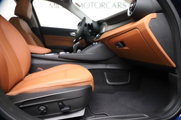 New 2020 Alfa Romeo Giulia Q4 for sale $45,445 at Maserati of Westport in Westport CT 06880 23