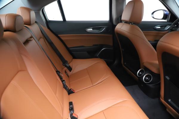 New 2020 Alfa Romeo Giulia Q4 for sale $45,445 at Maserati of Westport in Westport CT 06880 27