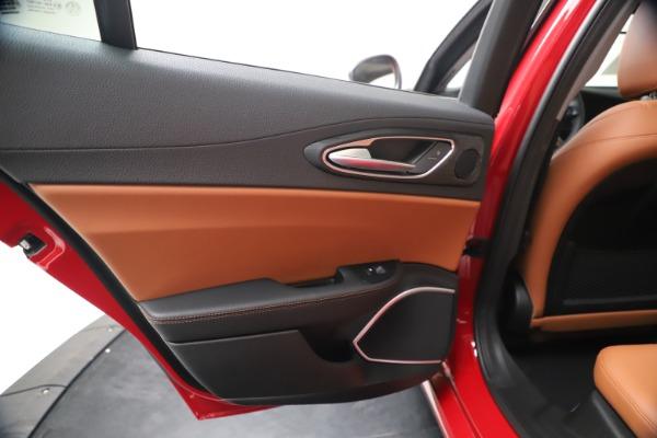 New 2020 Alfa Romeo Giulia Q4 for sale $40,466 at Maserati of Westport in Westport CT 06880 21