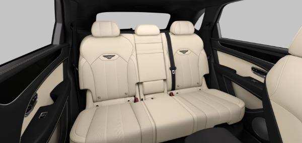 New 2021 Bentley Bentayga V8 for sale $208,275 at Maserati of Westport in Westport CT 06880 8