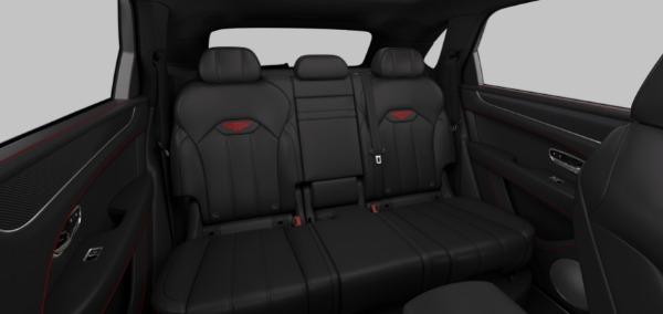 New 2021 Bentley Bentayga V8 for sale $223,710 at Maserati of Westport in Westport CT 06880 8